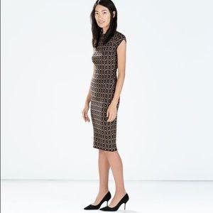 Beautiful Zara knit midi dress size small